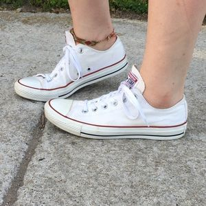 Converse Chuck Taylor Low Top All Star Classic 8